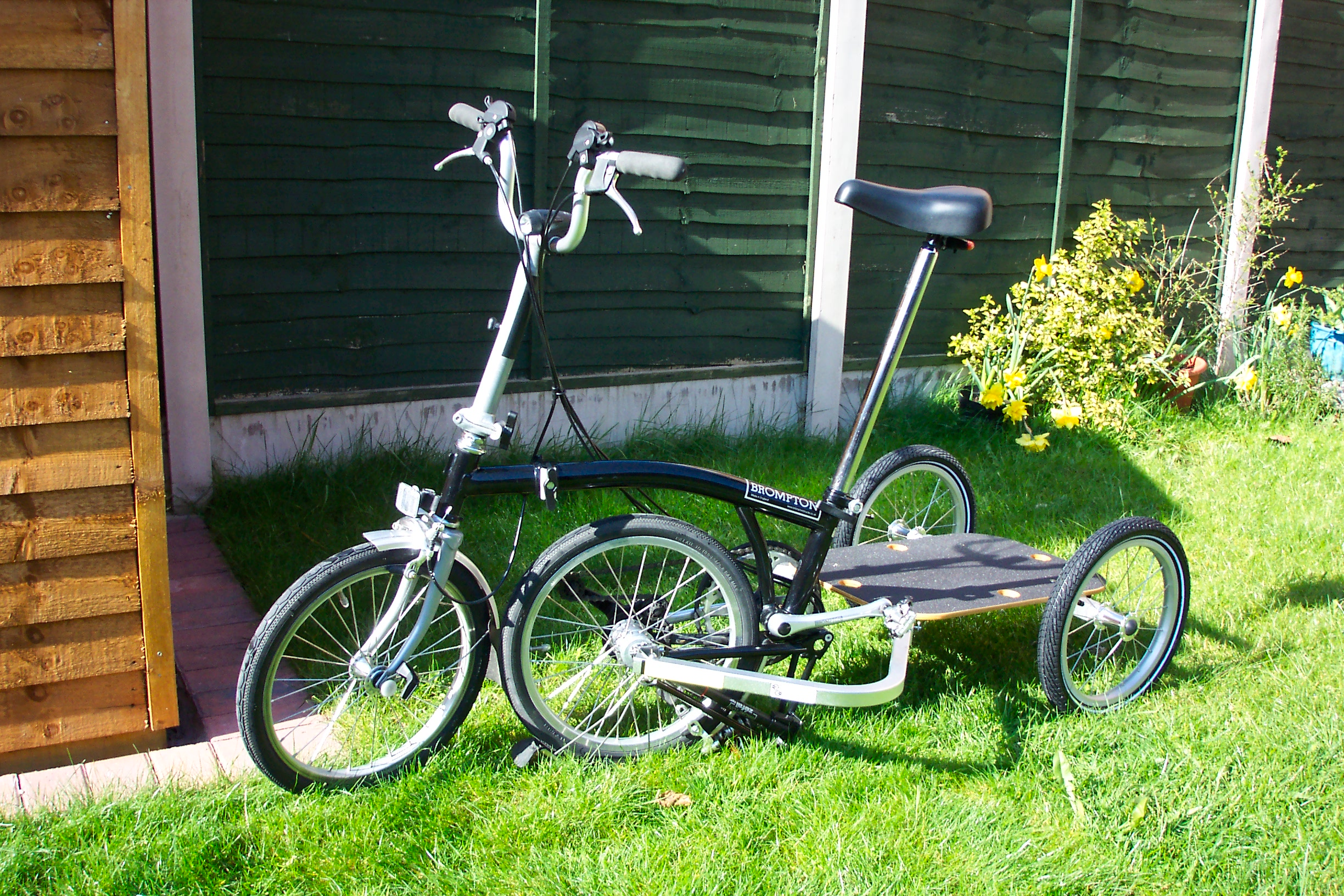 Brompton with Y-Frame trailer