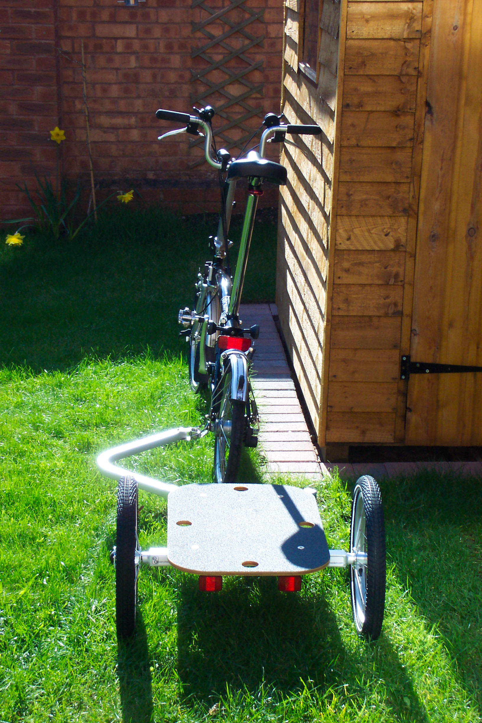 Brompton with Y-Frame trailer rear view